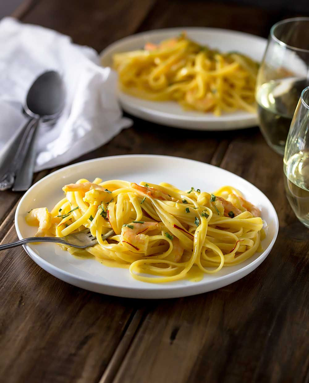 Creamy, rich and luxurious! This Saffron and Prawn linguine is quick and easy, making it perfect for busy nights but also special enough for entertaining.