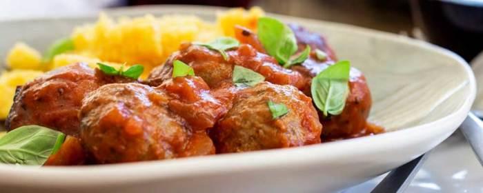 Baked Italian Meatballs with Marinara Sauce and Cheesy Polenta
