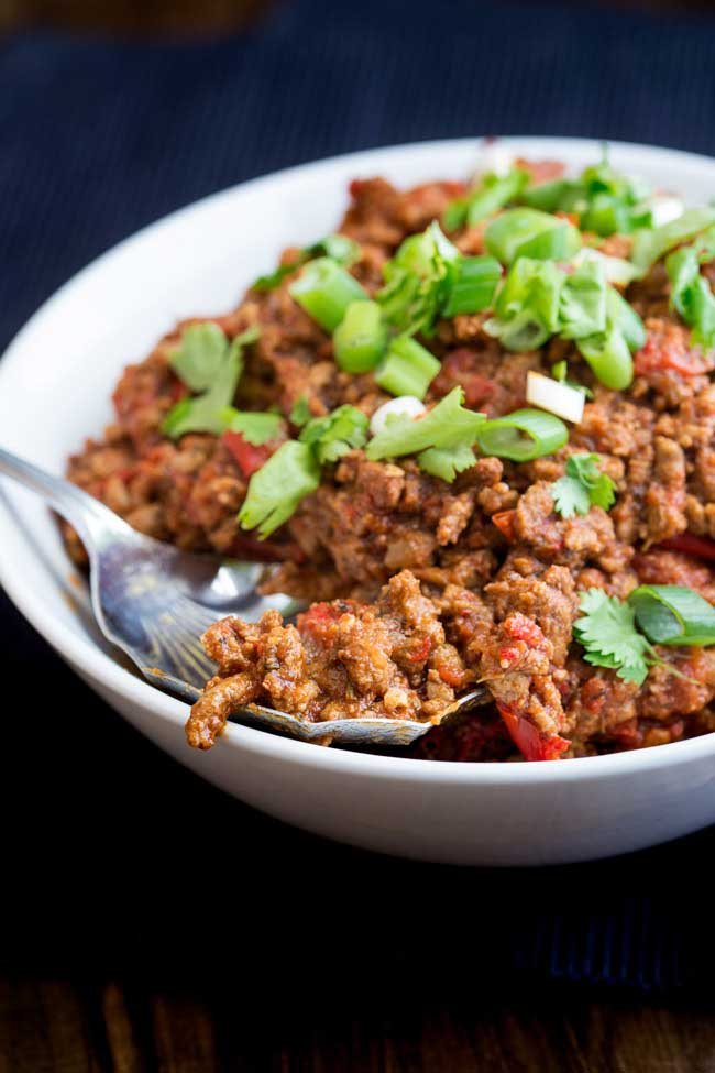 This Instant Pot taco mince is packed with flavour. And it cooks in the Instant pot or pressure cooker in just 15 minutes. Perfect for your tacos, enchiladas or just serving with rice.