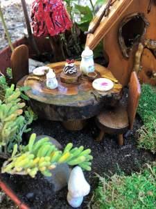 Outdoor Fairy Garden in a Pot (1)