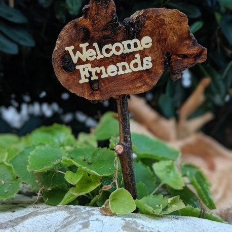 Miniature Welcome Friends Sign6