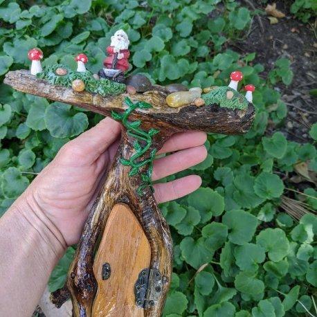 Gnome Topper Door8