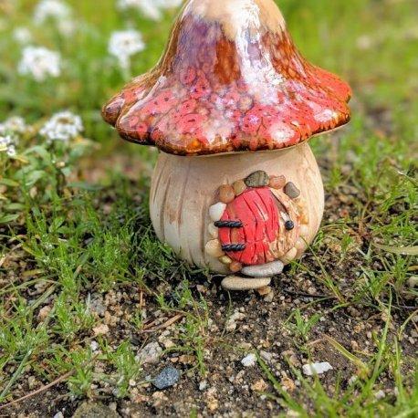 Red Mushroom Gnome Home5