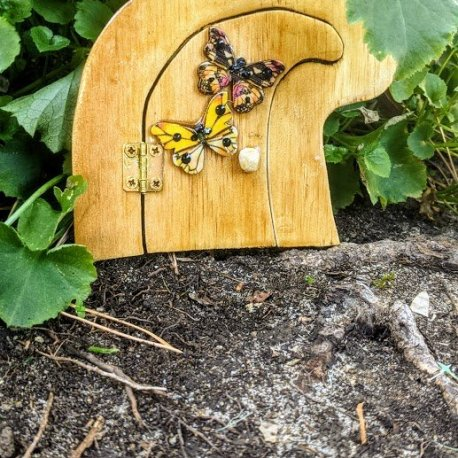 Butterfly Fairy Door Handcrafted by Sprouted Dreams2