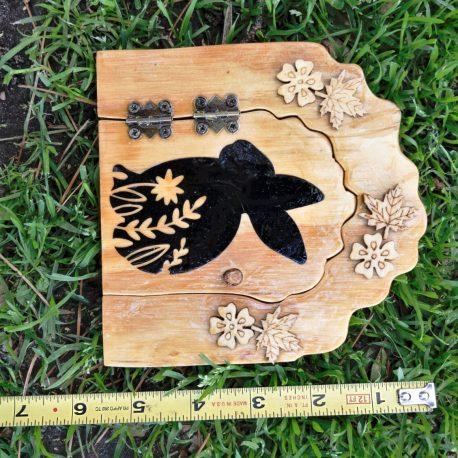 Mr Cottontails Fairy Door measure2
