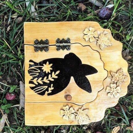 Mr Cottontails Tree Door2