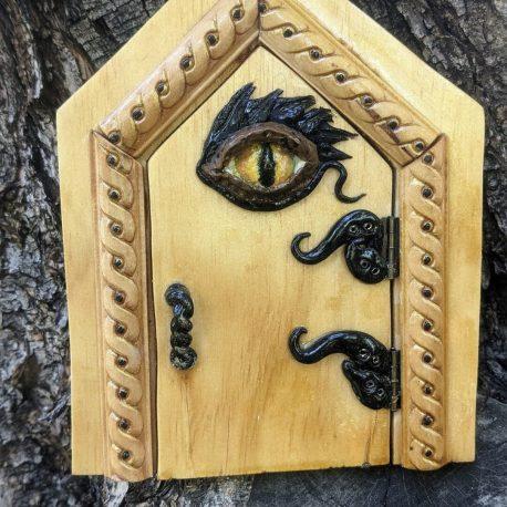 Dragon's Eye Door2