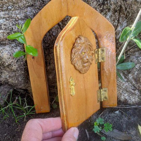 Kings Entrance Fairy Door4 copy