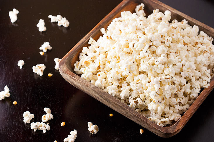 DIY Chemical free Microwave Popcorn