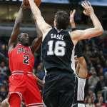 Spurs Defense Prevails Over Bulls in Chicago