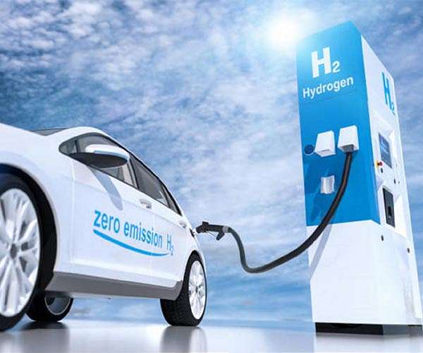 Novel two-polymer membrane boosts hydrogen fuel cell performance