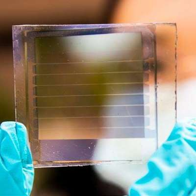 Solar cells with 30-year lifetimes for power-generating windows