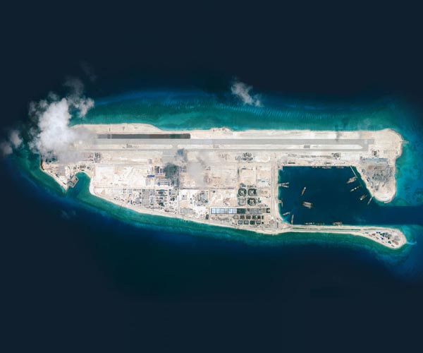 https://i0.wp.com/www.spxdaily.com/images-hg/south-china-sea-reclamation-airstrip-fiery-cross-reef-june-28-2015-hg.jpg