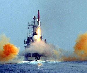 https://i0.wp.com/www.spxdaily.com/images-lg/dhanush-short-range-ballistic-missile-india-lg.jpg