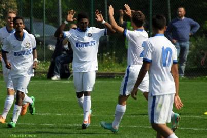 Samuel Appiah celebrates goal with team-mates