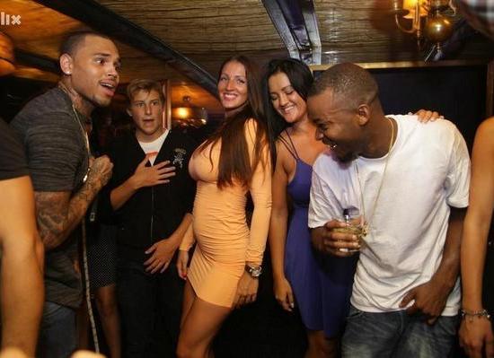 photo-chris-brown-at-hacienda-night-club-sarajevo-beyond-gossip