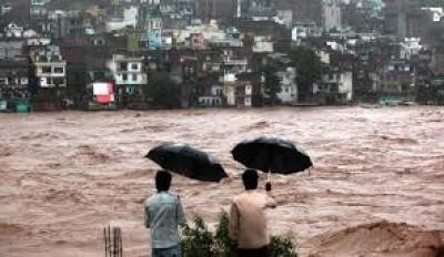 wpid-Floods20Trap20Thousands20in20Kashmir20Region.jpg