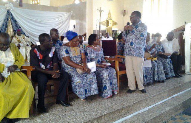 Freddy Blay addressing the  congregation