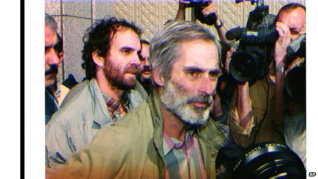 Bob Simon released after the end of the first Gulf War, one of many conflicts he covered throughout his career