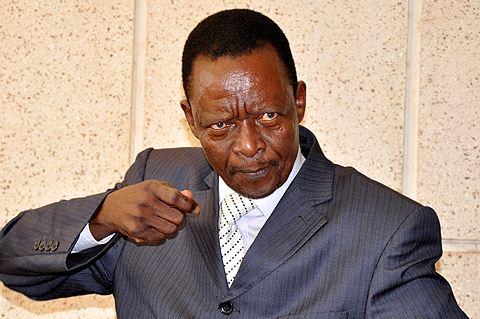 Bloody! Ken Lukyamuzi, Semeo Nsubuga clash over presidential age limit debate!