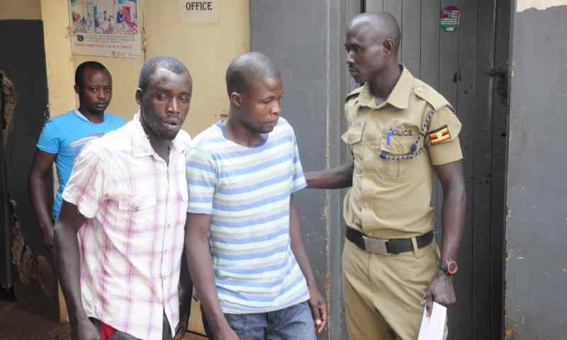 Police Nets Notorious Armed City Robbers, Riffles Recovered!