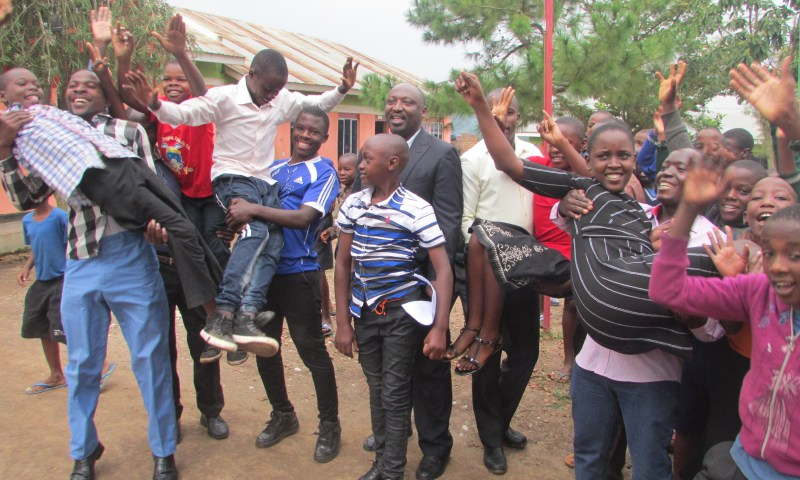 Excitement As Visionary Junior School Emerges Best In 2018 PLE In Sheema