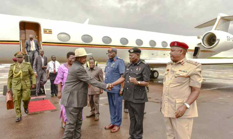 President Museveni Returns From S. Africa After Meeting Kagame