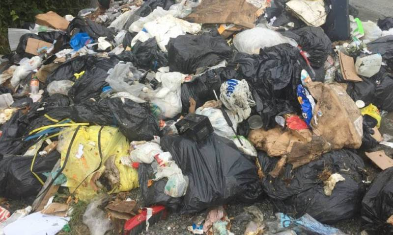 Ishaka Municipality Residents Worried Of Looking Cholera OutBreak Due To Stinking Garbage Heaps