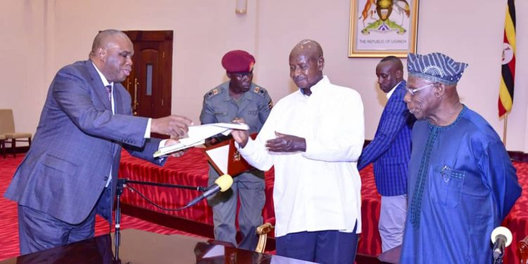 Museveni, Obasanjo Witness Signing Of MoU By Uganda And Afri-Exim Bank
