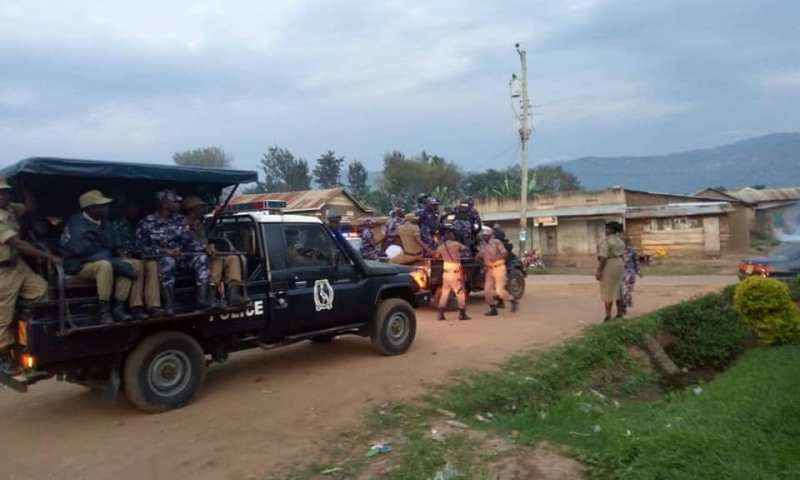 Chaos In Mbale As Police Fire Bullets,Teargas To Disperse FDC Supporters