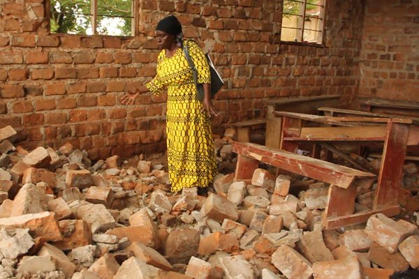 4 Pupils  Injured During Immunization After Wall Collapses On Them