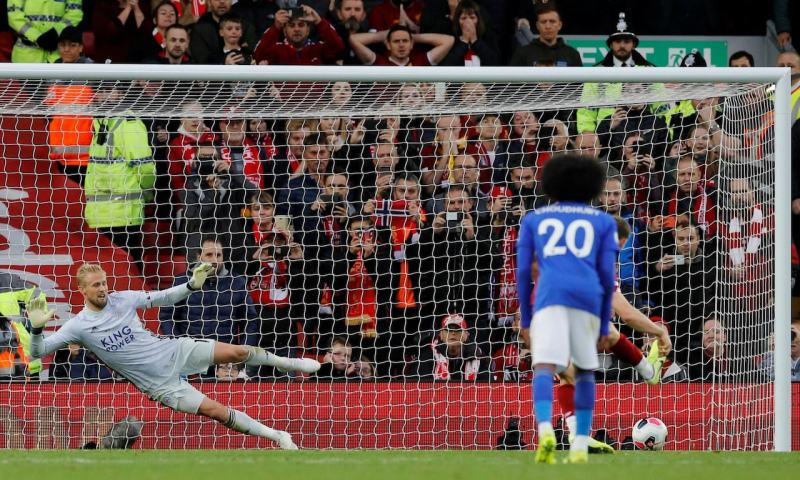Last-minute James Milner Penalty Breaks Leicester's Resistance As Liverpool March On