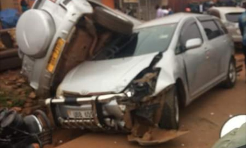 Horror As Truck Rams Into 9 Cars, Scores Injured