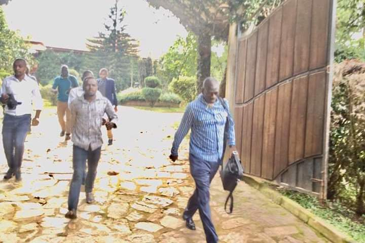 Dr Besigye Escapes From Police, Intercepted In Kampala In Armoured Car