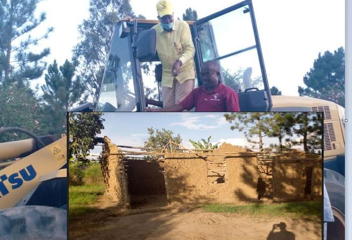 Min. Kamuntu Rescues Sheema Pupils From Being Buried Alive By 'Rotten' School Buildings