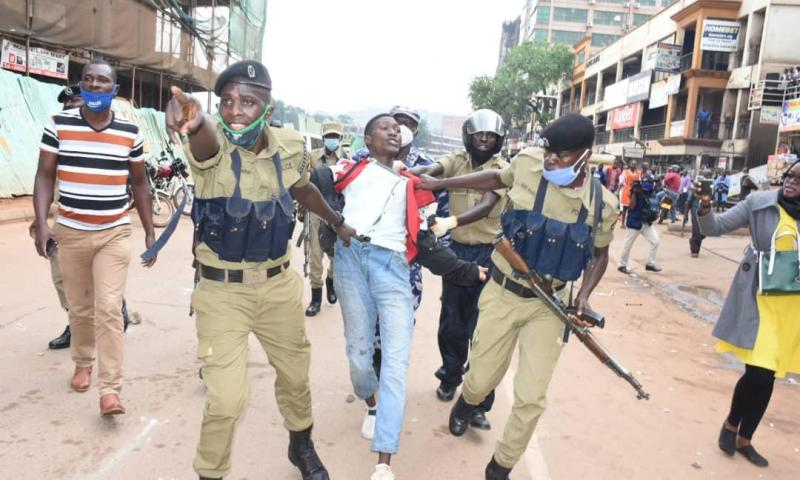 Police, Traders Lock Horns Over Re-Opening Of Arcades, Hundreds Arrested