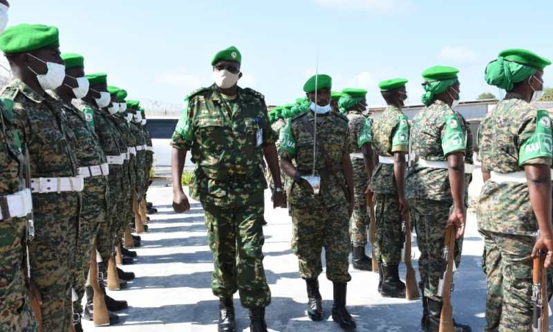 New AMISOM Force Commander Gen.Diomede Ndegeya Pays Maiden Visit To UPDF In Somalia