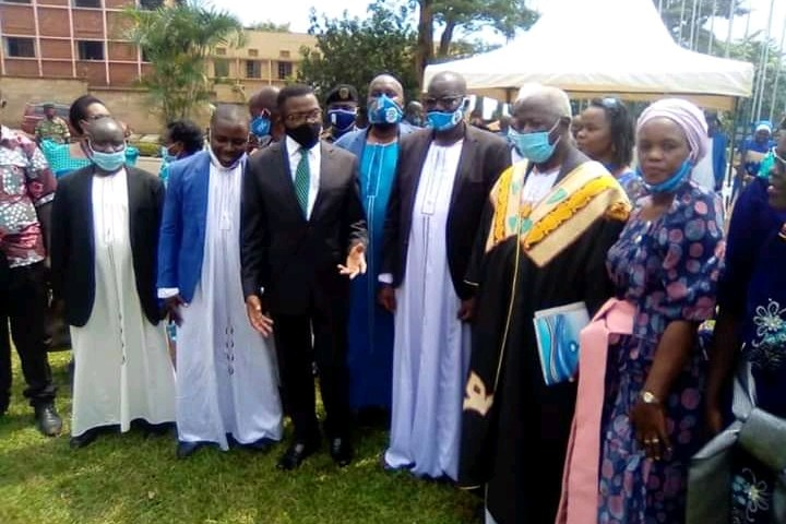 FDC's Presidential Candidate Amuriat Pays Courtesy Visit To Buganda Kingdom
