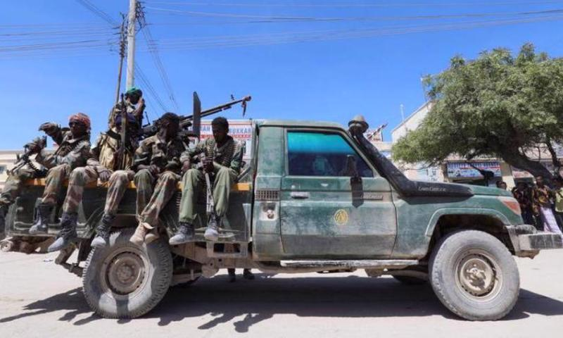 Tension In Somalia As Opposition Fighters Seal Off Mogadishu With Road Blocks