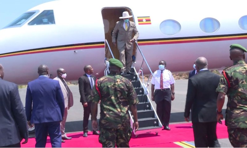 Museveni Flies To Tanzania, Inks Final Agreement With Suluhu On Multibillion Oil Pipeline Deal