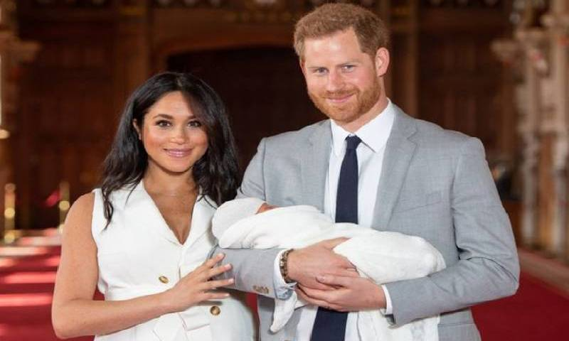 Meghan & Harry Give Birth To Baby Girl, Name Her After Queen Elizabeth & Diana