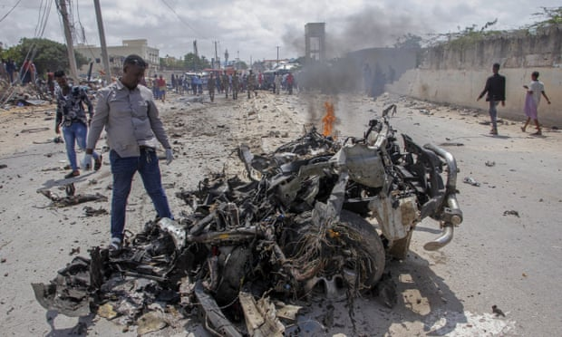 Mogadishu Police Chief Survives Al-Shabab Bombing Attack, Bodyguards killed And Nine Others Severely Injured