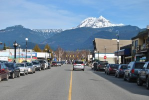 https://i0.wp.com/www.squamishreporter.com/wp-content/uploads/2015/02/downtown-pic.jpg?fit=300%2C200&ssl=1