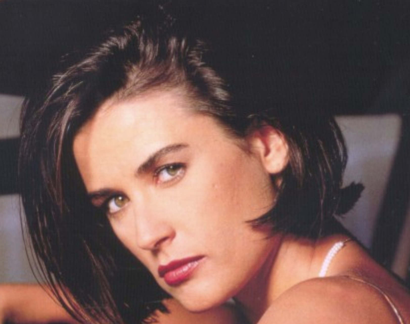 Demi Moore square jawed brunette - Square Jawed Women