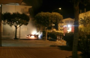 incendio autos quillace lido