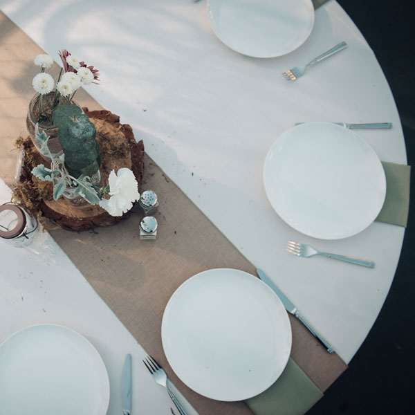 White coupe china