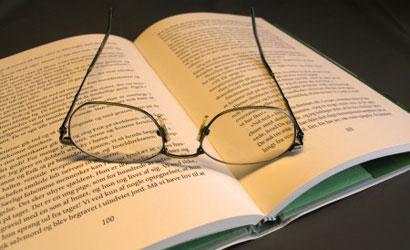 Obavezno štivo: Poznati novinar kolumnist preporučio pet knjiga koje svi moraju pročitati