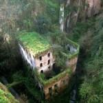 Napušteni mlin iz 1866 u Sorrentu, Italija