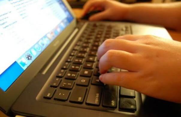Ocjene i izostanci odsad roditeljima dostupni na internetu