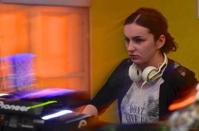 DJ djevojka: 'Ovo je posao u kojem ponekad ispunjavamo i muzičke želje'